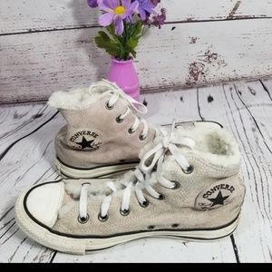CHUCKS CONVERSE SHERPA LINED SNEAKERS SUEDE 5.5